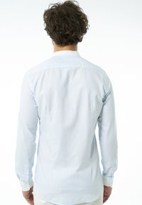 Auden Cavill - Shirt - hellblau - 1