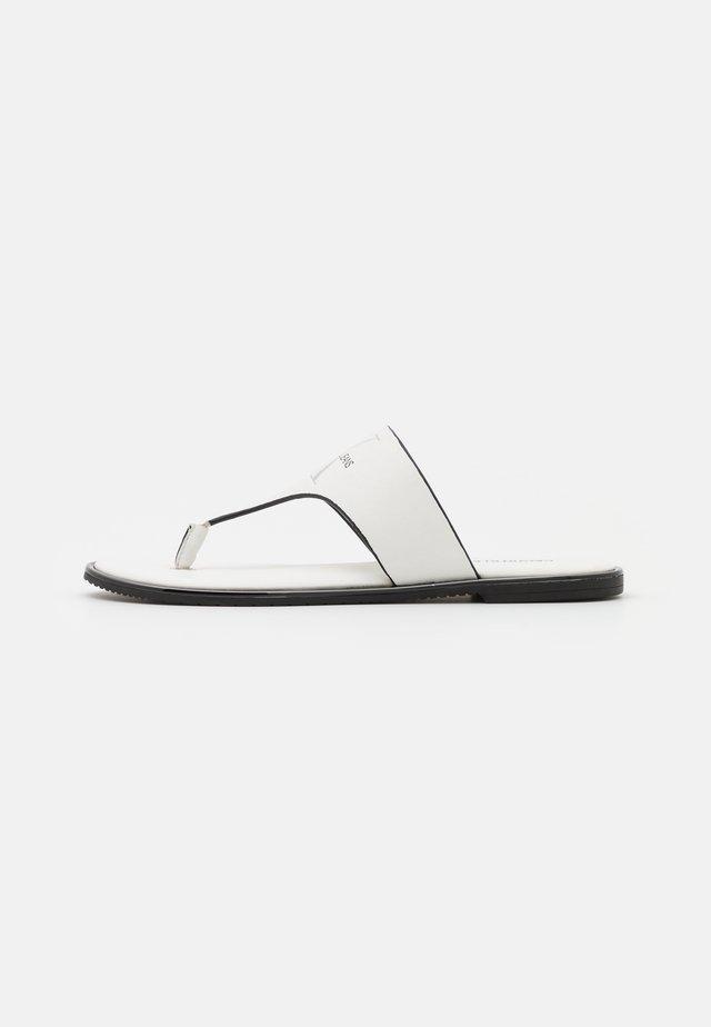 FLAT TOE SLIDE  - T-bar sandals - bright white