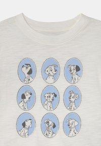GAP - GIRL DALMATIONS - Print T-shirt - new off white - 2