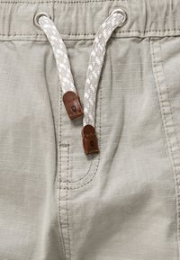 INDICODE JEANS - Shorts - mottled light grey - 3