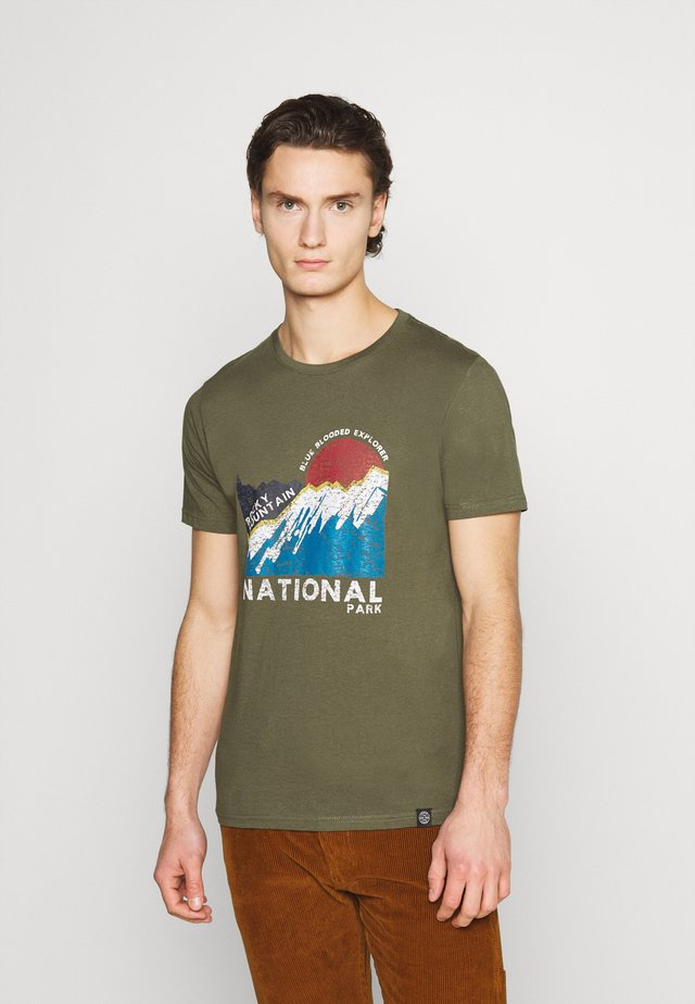 TEE - Print T-shirt - dusty army