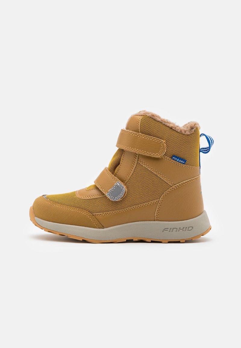 Finkid - LAPPI UNISEX - Zimní obuv - golden yellow/cinnamon