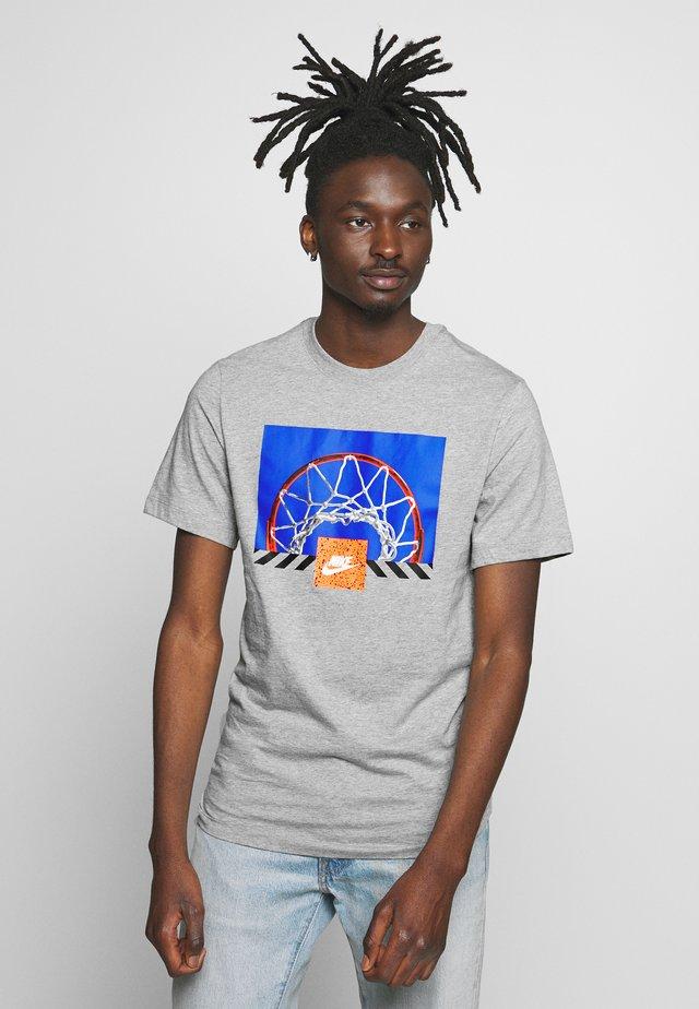 BBALL PHOTO TEE - Camiseta estampada - dark  grey heather
