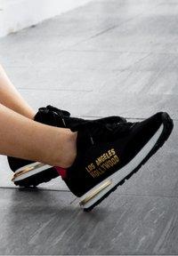 Ed Hardy - SLIVER RUNNER-LA - Trainers - black - 6