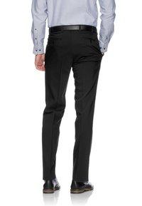 BRAX - JAN  HERRENHOSE FLATFRONT - Pantaloni eleganti - black - 1