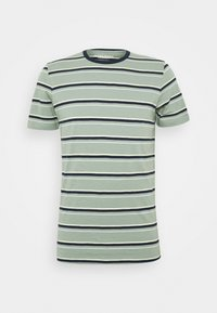 JORBOBBI - Print T-shirt - green milieu