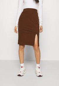 Even&Odd - BASIC - Midi skirt with slit - Pouzdrová sukně - dark brown - 0
