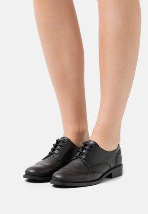 SIMONE VEGAN  - Šněrovací boty - black