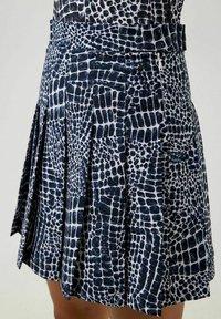 J.LINDEBERG - Sports skirt - jl navy croco - 3