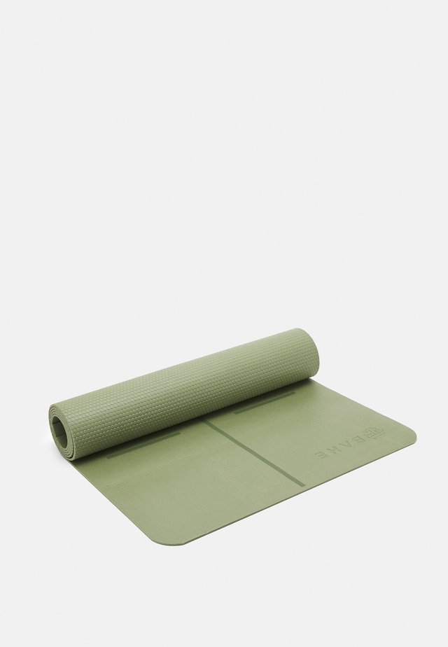 ESSENTIAL MAT ALIGNMENT 4MM - Fitness / Yoga - olivine