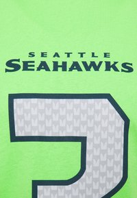 Fanatics - NFL RUSSELL WILSON SEATTLE SEAHAWKS ICONIC NAME & NUMBER GRAPHIC - Club wear - lime green - 2