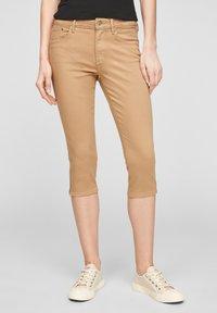s.Oliver - Denim shorts - sand - 0
