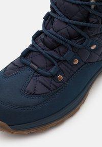 Jack Wolfskin - ASPEN TEXAPORE MID  - Zimní obuv - dark blue/blue - 5