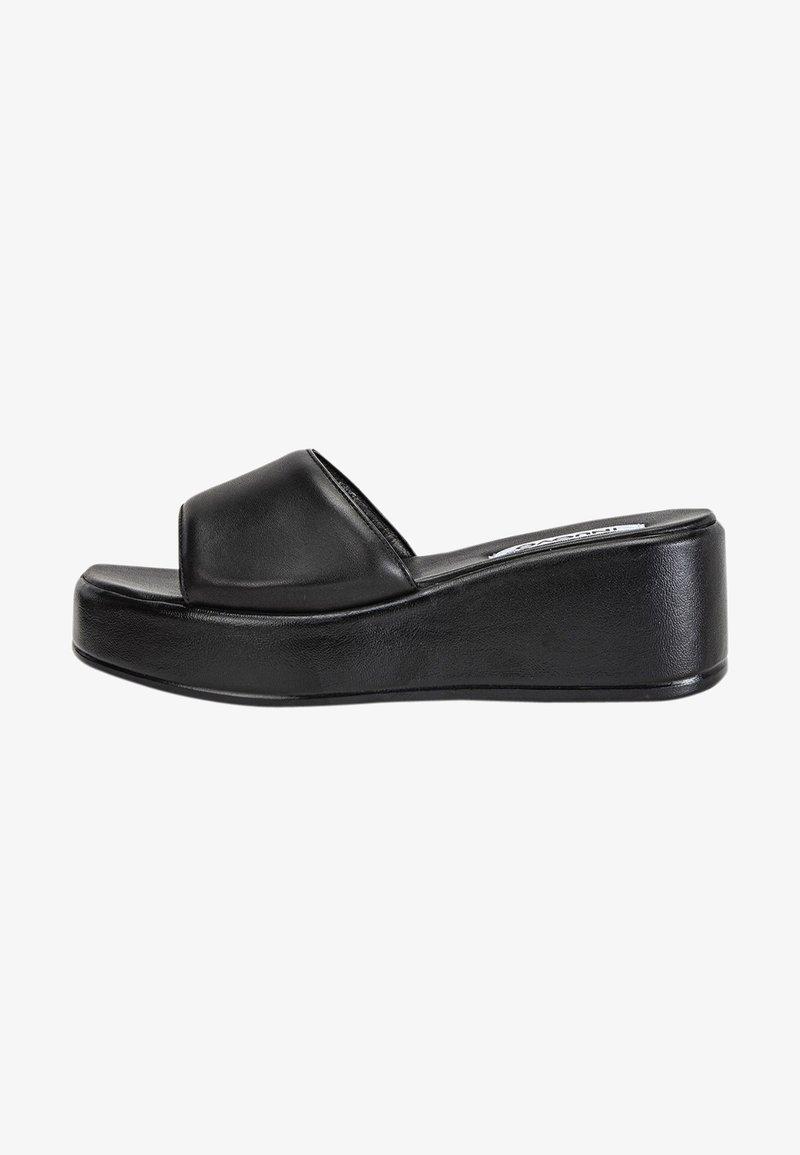 Inuovo - Slippers - schwarz