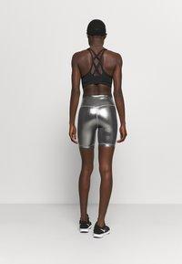 Nike Performance - ONE - Medias - black/metallic gold - 2