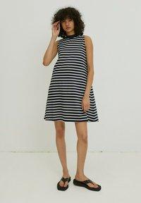 EDITED - ALEANA - Jersey dress - weiß - 1