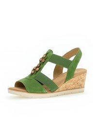Gabor - Wedge sandals - grã¼n - 1