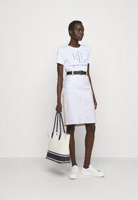 Lauren Ralph Lauren - BULL SKIRT - Jupe en jean - white wash - 1