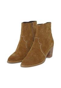 ICHI - IAFANN SUEDE BOOT - Ankle boots - thrunsh - 3