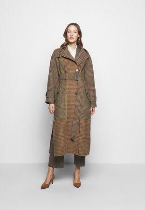 FOGGIA - Classic coat - kamel