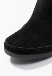 Shoe The Bear - EMMY SLOUCHY - Wedge boots - black - 2