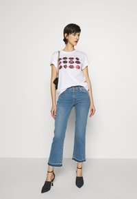 7 for all mankind - CROPPED UNROLLED - Džíny Bootcut - light blue - 1