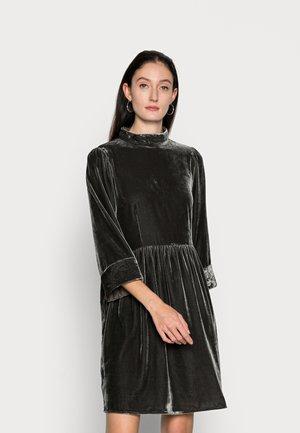 VELVET - Sukienka koktajlowa - raven