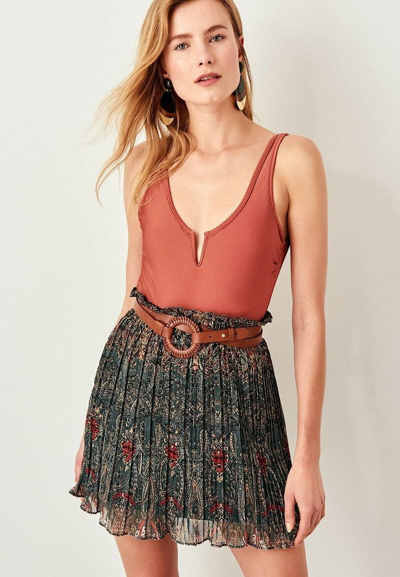 Trendyol - Pleated skirt - green