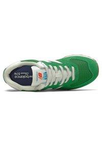 New Balance - 574 - Sneakersy niskie - green - 1