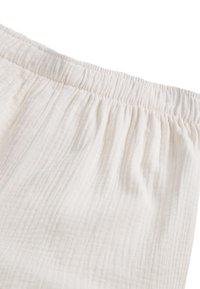 OYSHO - Shorts - white - 5