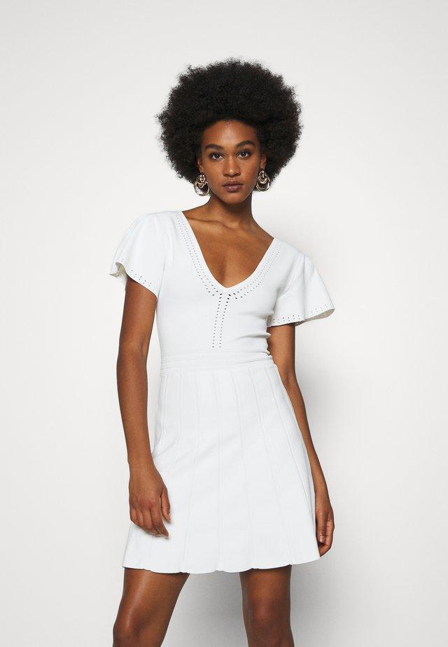 JOLLY DRESS - Stickad klänning - off white