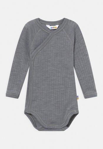 WRAP AROUND BASIC - Body - grey