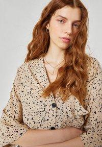 PULL&BEAR - Button-down blouse - beige - 3