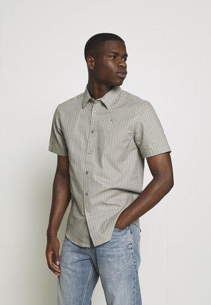 CORE STRIPE SHIRT - Shirt - grey