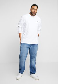 Lacoste - Long sleeved top - white - 1