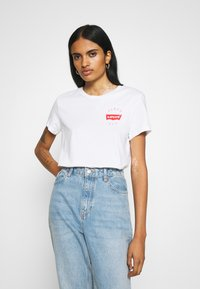 Levi's® - THE PERFECT TEE - T-shirt med print - white - 0