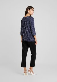 Betty & Co - Blouse - blue/cream - 2