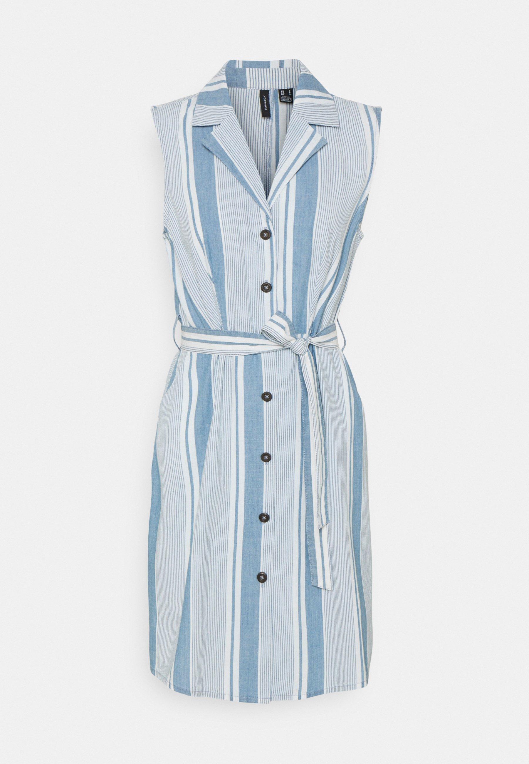 Women VMAKELASANDY  SHORT DRESS - Denim dress - light blue denim/white