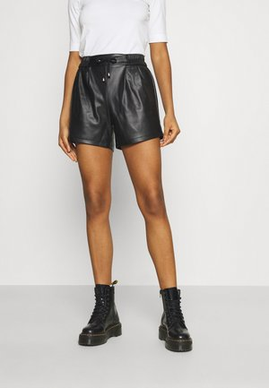 VISALVA COATED - Shorts - black