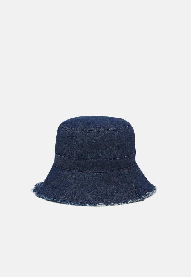 PCJABINA BUCKETHAT - Hatt - dark denim