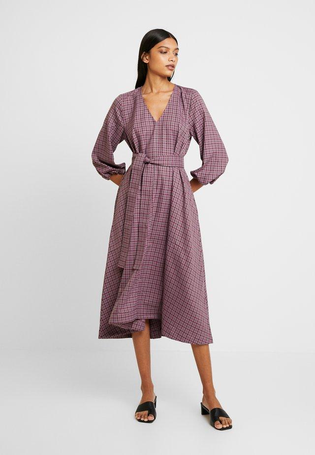 ZIELLAGZ DRESS - Vapaa-ajan mekko - purple