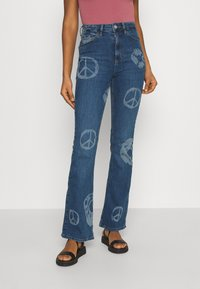 BDG Urban Outfitters - NOVELTY - Flared Jeans - mid vintage - 0