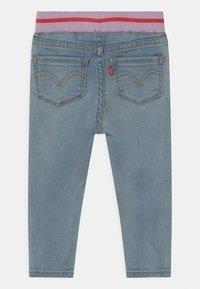 Levi's® - PULL ON SKINNY - Jeans Skinny Fit - light-blue denim - 1