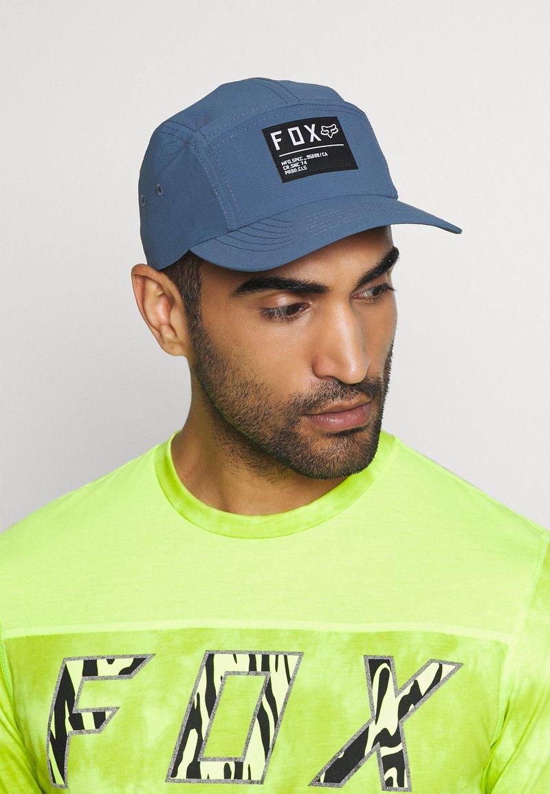 Fox Racing - NON STOP 5 PANEL HAT - Cap - blue steel