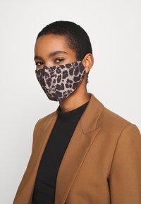 LIU JO - KIT MASCHERINA 2 PACK - Maschera in tessuto - black/beige - 1