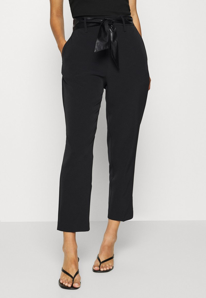 Guess - HOPE HIGH  - Chinos - jet black