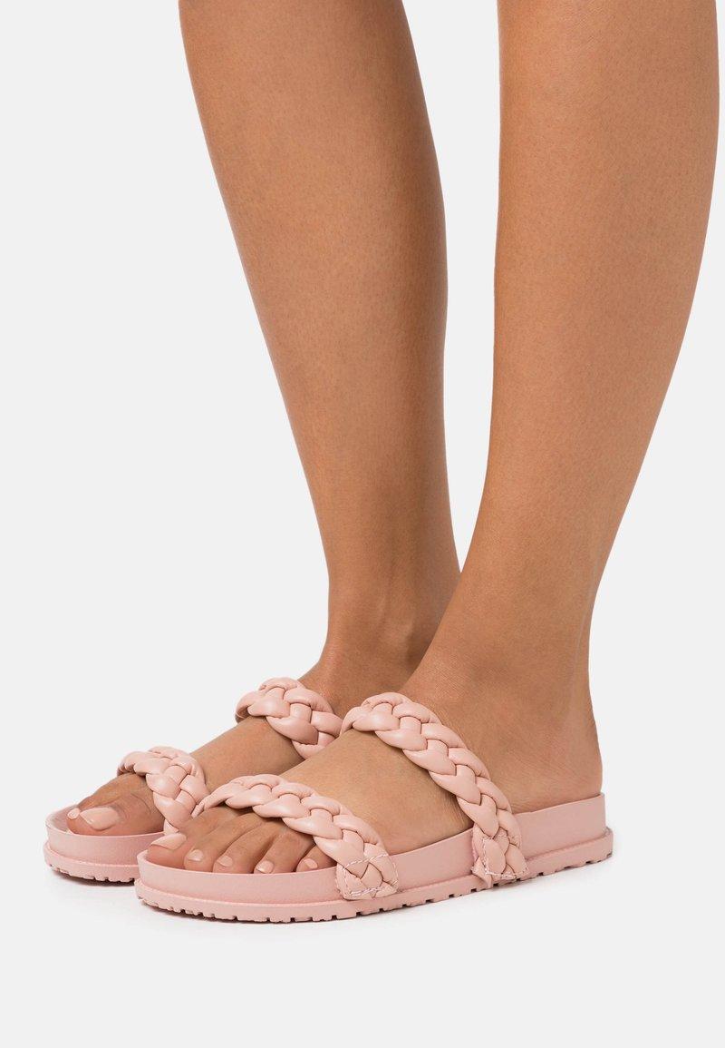 RAID - FROST - Domácí obuv - blush pink