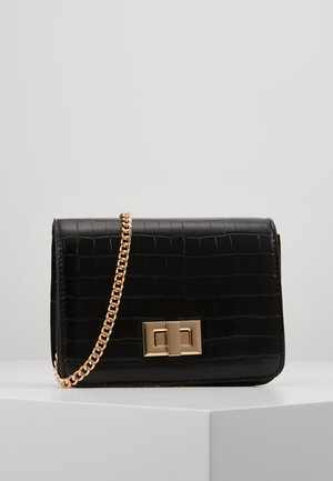 PCKAMILLE CROSS BODY - Across body bag - black/gold-coloured