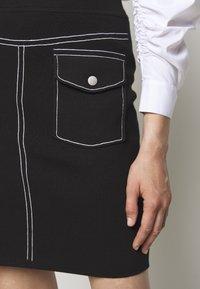 Steffen Schraut - POCKET SKIRT SPECIAL - Pencil skirt - black - 7