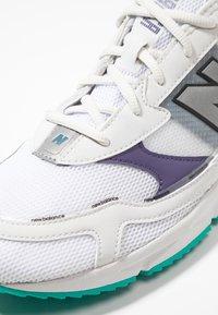 New Balance - Sneakers - white/purple - 5